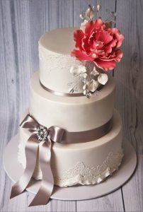 wedding cake edible lace detail