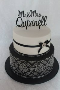 Demask wedding cake