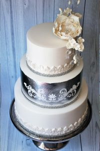 Silverleaf wedding cake